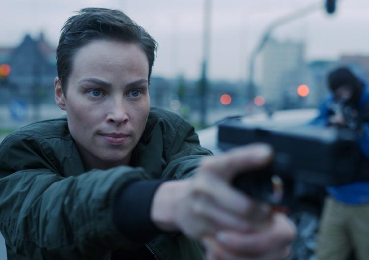 Weronika Książkiewicz Nowa Lara Croft czy Tokio?  Dzika zawsze jest na wojnie