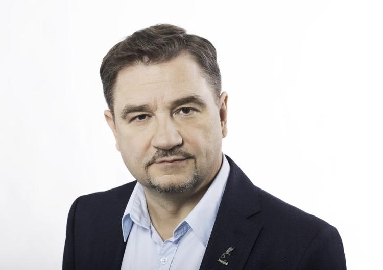 """Piotr Duda dla Tysol.pl o """"kompromisie"""" w/s Wolnych Niedziel: To nie kompromis - to kompromitacja PiS"""