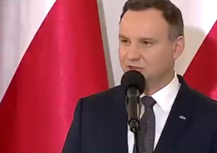 [video] Prezydent wręczając odznaczenia państwowe: Dzięki wam mamy tę Polskę, z której możemy być dumni