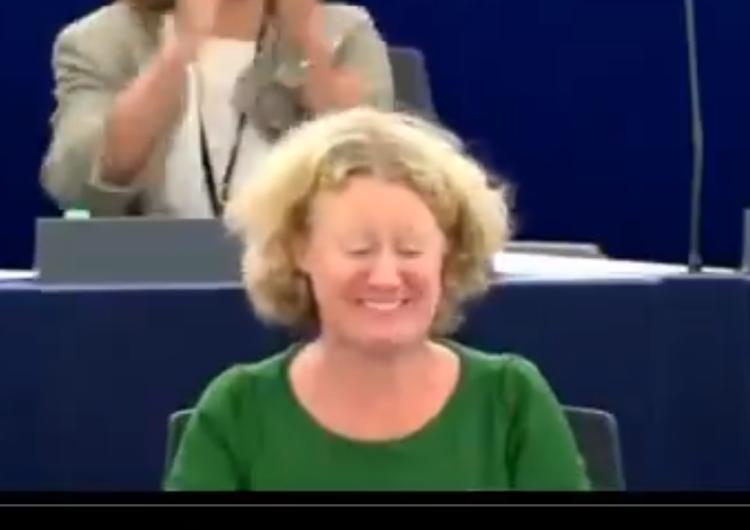 [Wideo] Tak wyglądał wybuch radości europejskich elit po głosowaniu przeciw Węgrom