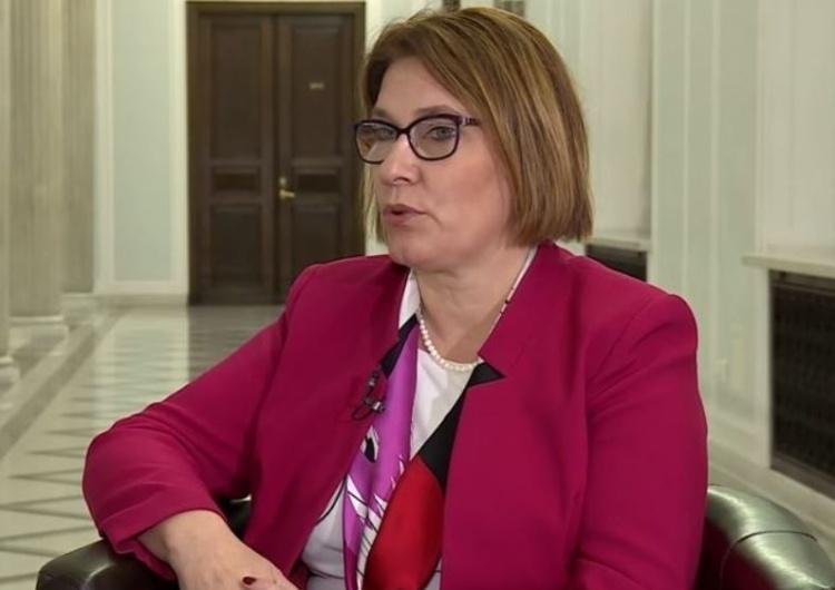 Beata Mazurek: To SOP, nie ochraniany decyduje o wielkości ochrony. Ataki na premier Szydło są oburzające