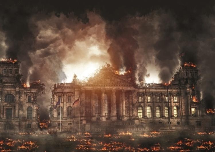 """""""Mamy tam ograniczoną, wadliwą demokrację"""". Co z tymi Niemcami? Debata w siedzibie """"TS"""""""