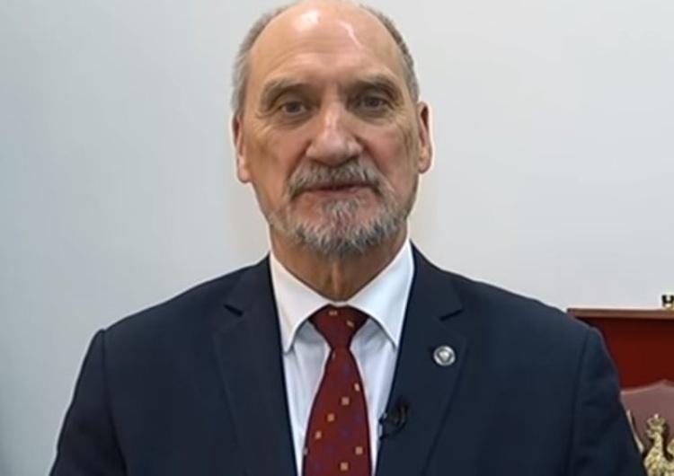 Macierewicz o ochronie życia poczętego: Ta sprawa musi być załatwiona