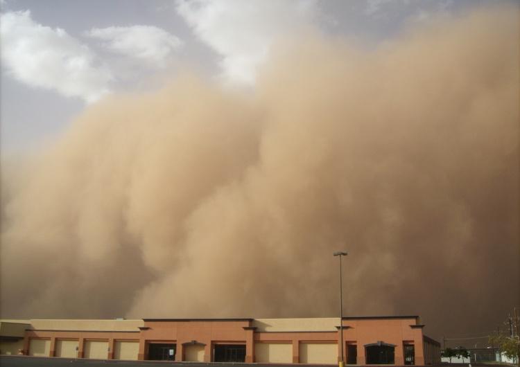 Niesamowite anomalie pogodowe. Nad Polską może przejść burza piaskowa