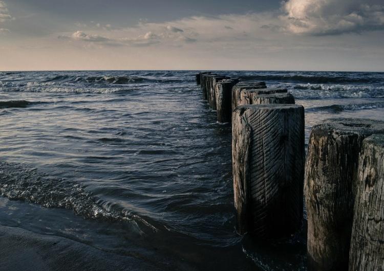 Plama oleju długość ok. 15 km i szerokości 500 m na Bałtyku. Przyczyną budowa Nord Stream 2?