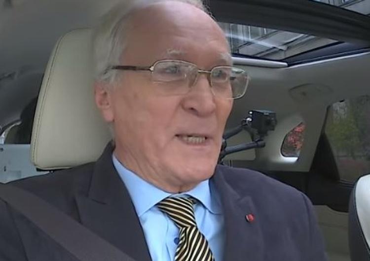 """Zbigniew Ziobro jak Adolf Hitler? """"Brakuje tylko wąsika"""". Skandaliczny wpis byłego ambasadora RP"""