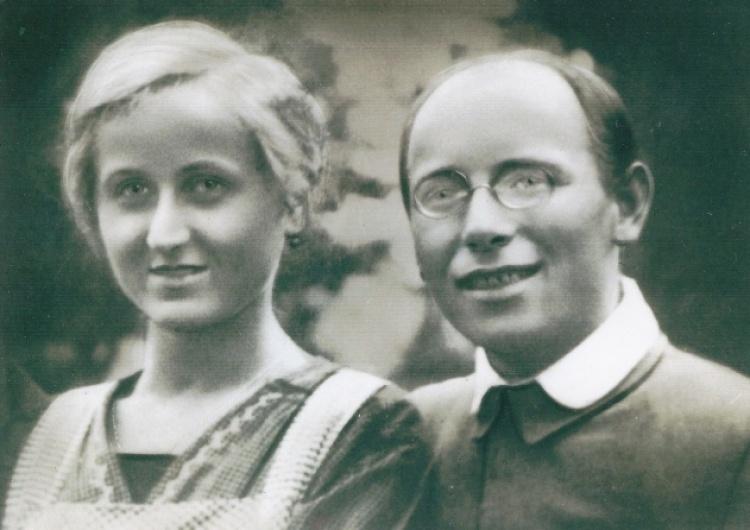 Gdy Emil Mika umierał w Auschwitz [Nr 17216], jego Żonę Józefinę Niemcy nadal torturowali