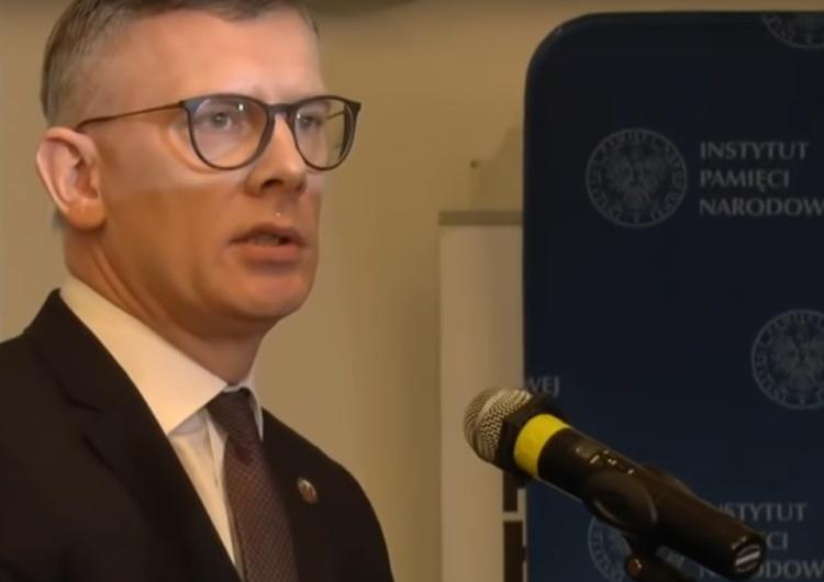 Sławomir Cenckiewicz skomentował obalenie pomnika Berlinga w Warszawie: Bandyta i zdrajca. Brawo
