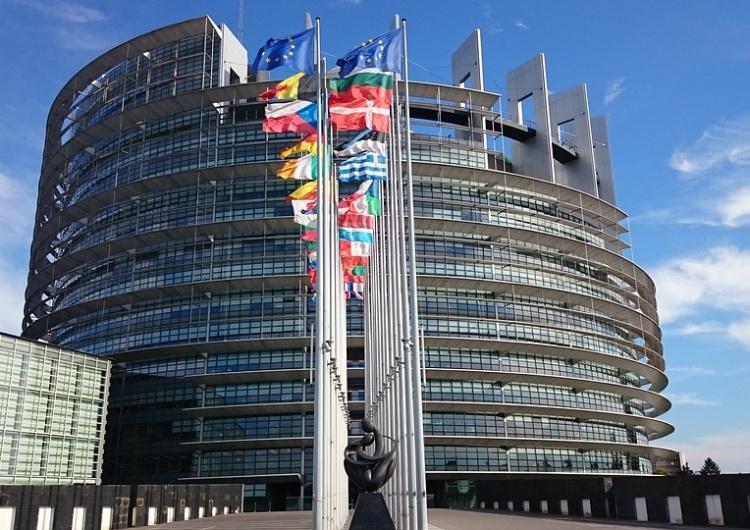 """""""Macronwściekły"""". Francuska kandydatka na komisarza odrzucona przez PE"""