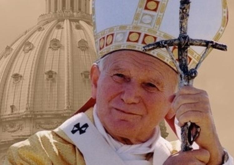 """XIX Dzień Papieski pod hasłem """"Wstańcie, chodźmy"""" jest rozpoczęciem 100. rocznicy urodzin Jana Pawła II"""