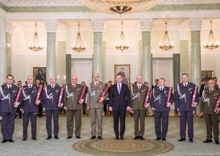 Prezydent mianował dziewięciu nowych generałów