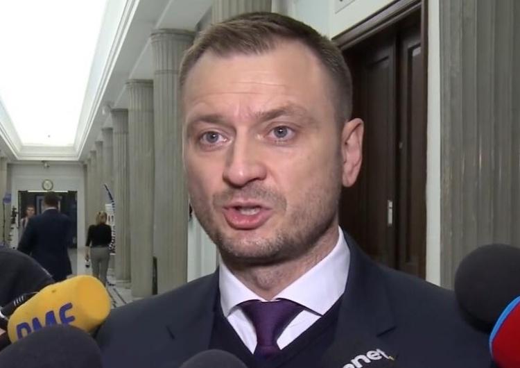 Zamieszanie w Sejmie. Poseł Nitras zarzuca PiS lepsze traktowanie. Jak jest naprawdę?