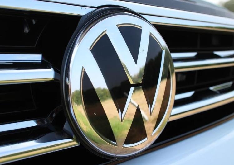 """Raport żydowskiej organizacji, w którym Polska jest """"najbardziej antysemicka"""" finansował… Volkswagen?"""