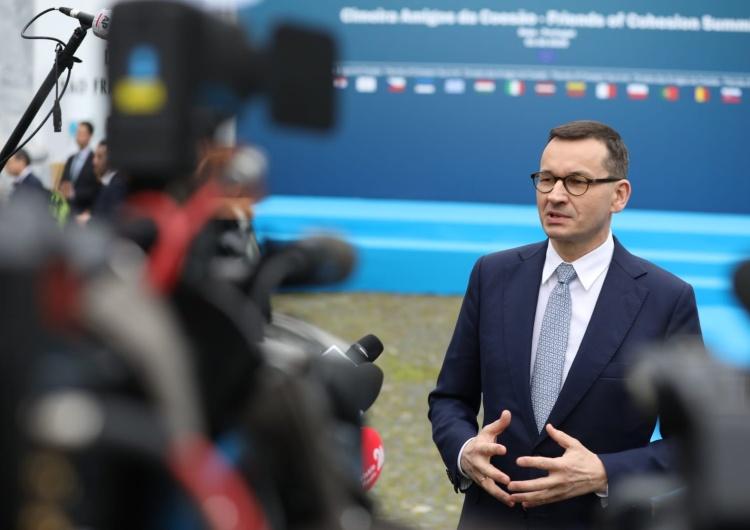 """Kancelaria Prezesa Rady Ministrów Premier: """"Mam dla wszystkich wspaniałe wieści. Pierwszy w historii budżet bez deficytu staje się faktem!"""""""