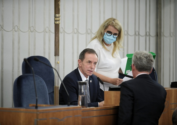 Marcin Obara Senat chce, by bonem turystycznym objąć również emerytów i rencistów