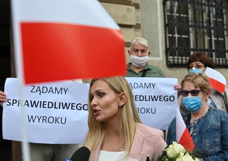 """""""Winny znieważenia pracownic, niewinny kierowania gróźb"""". W Gdańsku zapadł kolejny wyrok ws. Hansa G."""