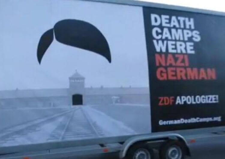Niemcy zarzucają Polakom bezprawne wykorzystanie wizerunku Hitlera #GermanDeathCamps