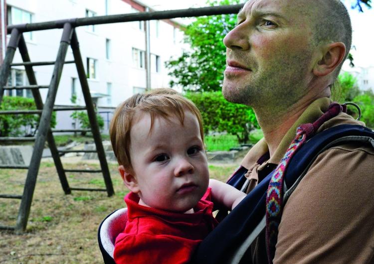 T. Gutry Milcz, płać, wynoś się! System prawny w Polsce sprowadza ojców do roli bankomatów