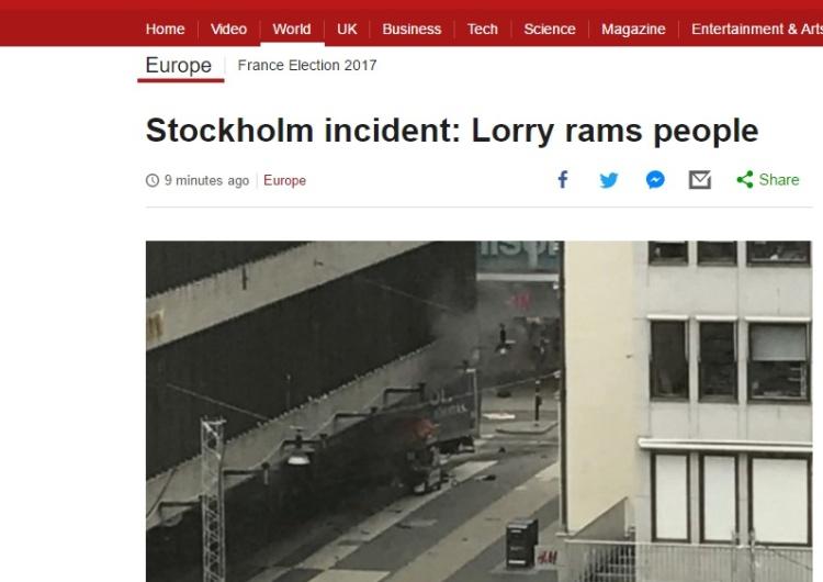 Sztokhom: Ciężarówka wjechała w centrum handlowe. Są ofiary.