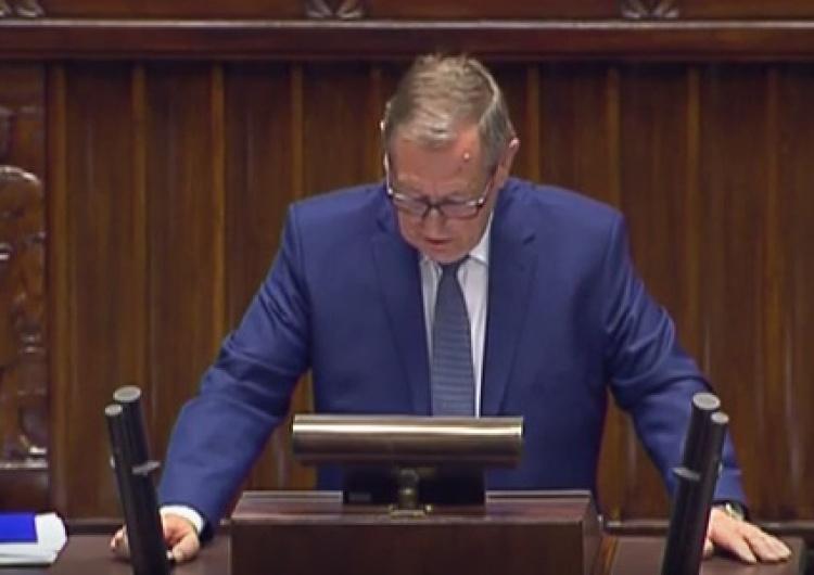 zrzut ekranu [video] Min. Szyszko: Puszczę Białowieską bezprawnie wpisano na listę dziedzictwa przyrodniczego UNESCO