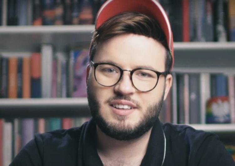 'W Polsce neonaziści atakują gejów. Specjalne grupy ich targetują'. Bart Staszewski z kolegą w norweskich mediach